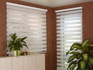 Doppelrollos sind für Fenster und Türen geeignet